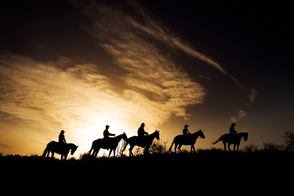 Full moon adventures, celebrate with us on a country full moon ride.